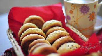 Печенье с кокосовой стружкой и орехами