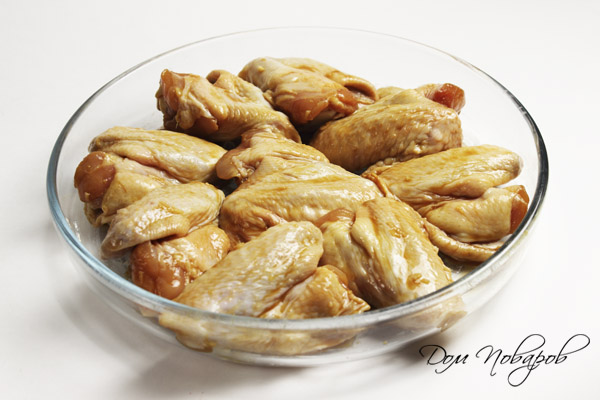 рецепт крылышки в духовке в медово горчичном соусе в