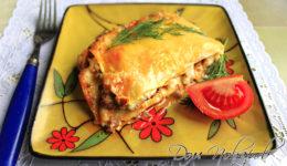 Мясная лазанья с соусом «Бешамель»