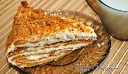 Торт «Медовый» с заварным кремом