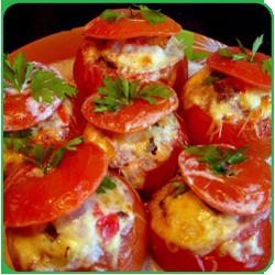 Салат — помидоры с каперсами