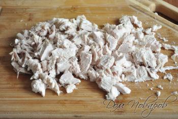 Куриное мясо рубленное на кусочки