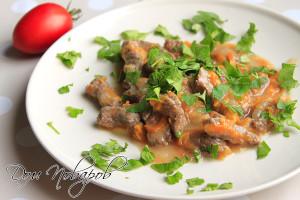Гуляш из говядины или телятины с подливой