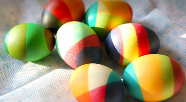 Окраска яиц в несколько цветов