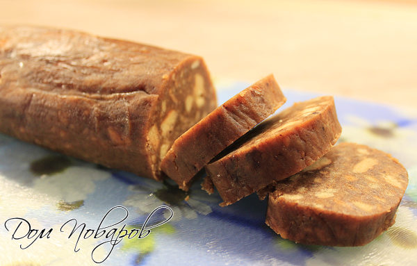 Колбаска шоколадная