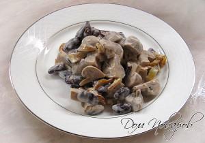 Салат с грибами и фасолью