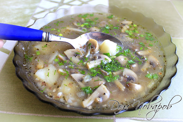 Суп гречневый с грибами
