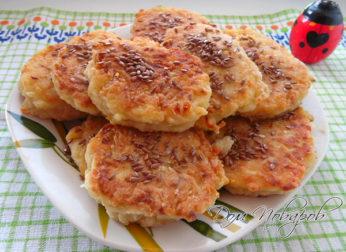 Котлеты из кабачков, картофеля и сыра
