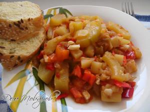 Овощное рагу с кабачками и баклажанами