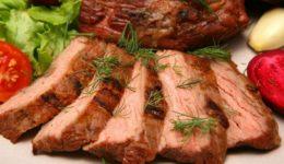 Как сварить мясо в мультиварке