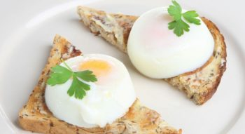 Как сварить яйцо пашот