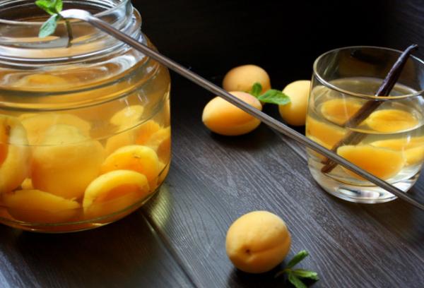 Ядра семян абрикоса