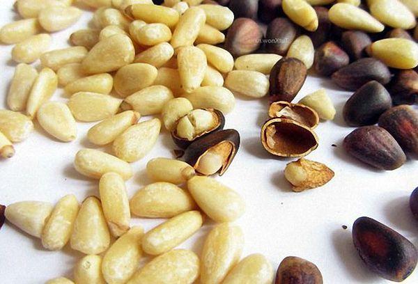 очищенные орешки