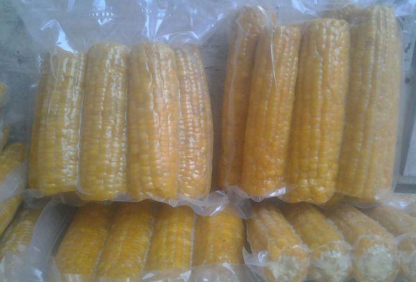 кукуруза в пищевой пленке