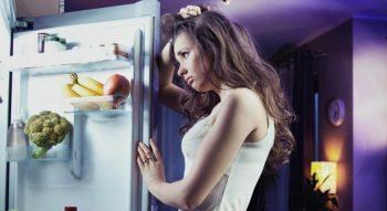 Нужно ли размораживать холодильник