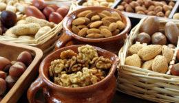 Как хранить орехи