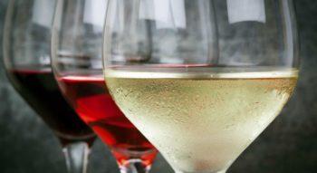 Как хранить вино