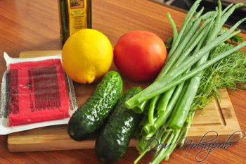 Овощи и крабовые палочки