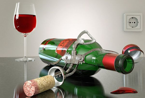 открытая бутылка вина и штопор