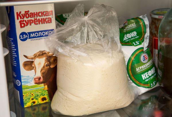 тесто в пакете в холодильнике