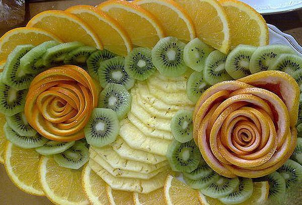 Розы из апельсинов