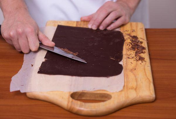 Приготовление шоколадной стружки