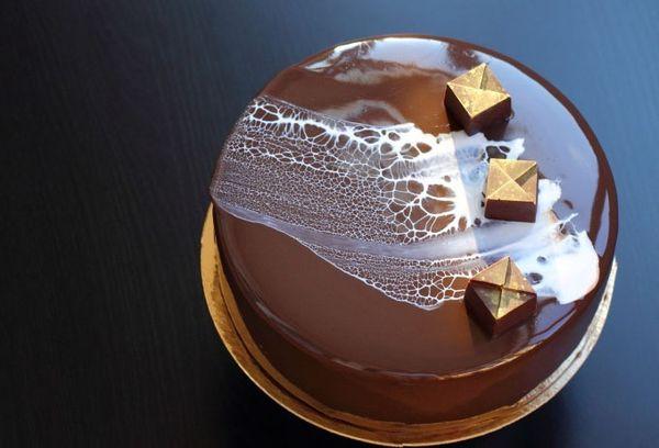 Торт с глазурью