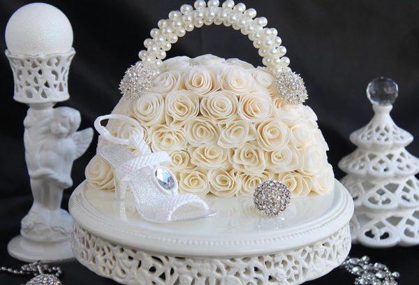 Торт с белым кремом
