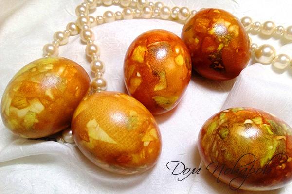 """""""Мраморные"""" яйца на Пасху"""