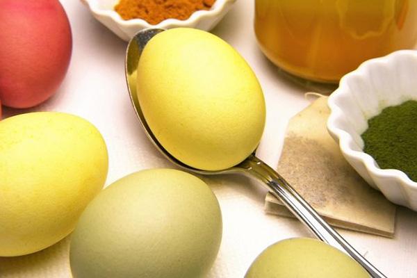 Натуральные красители для яиц