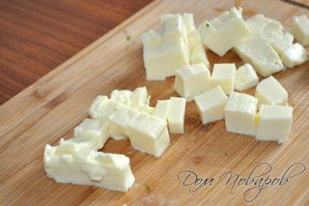 Плавленный сыр кубиками