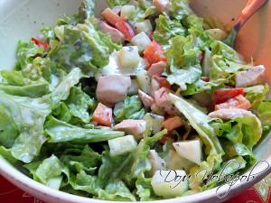 Салат из курицы и огурцов