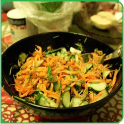 Салат с пророщенной пшеницей и корейской морковью