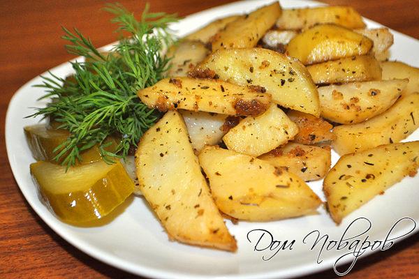 Картофель, запеченный с прованскими травами и чесноком
