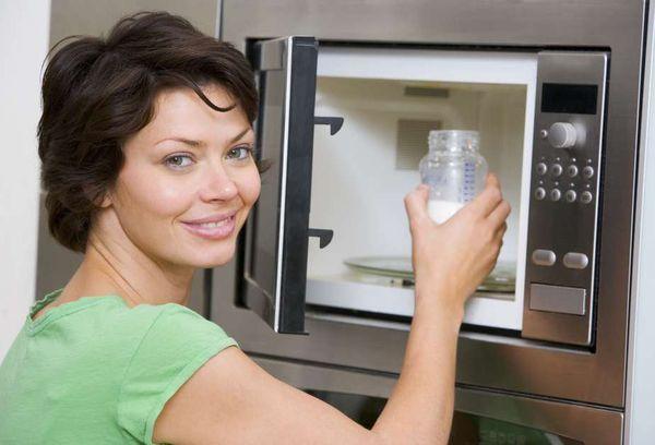 детское питание в микроволновке