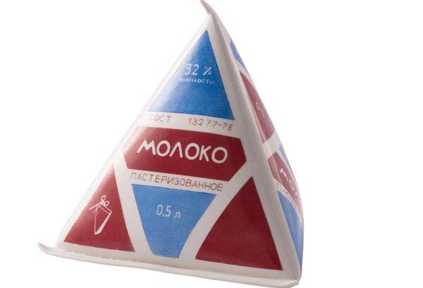 молоко в упаковке пирамидка