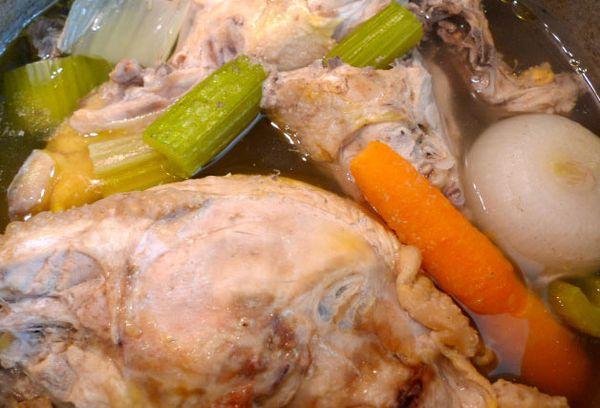 куриное мясо и овощи