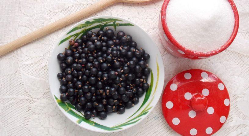 Как варить варенье из черной смородины
