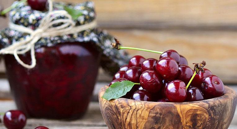 Как сварить сироп из вишни