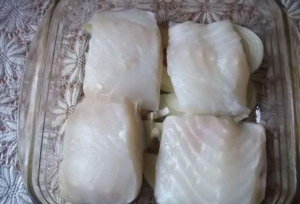 рыба, запечённая в духовке