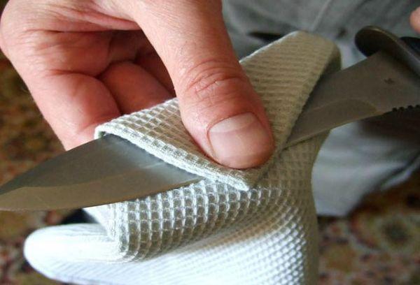 чистка кухонного ножа