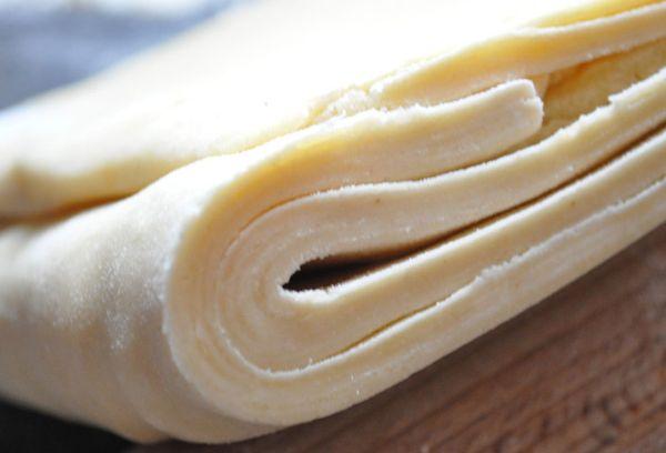размороженное слоенное тесто