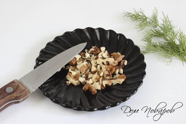 Измельченные грецкие орехи
