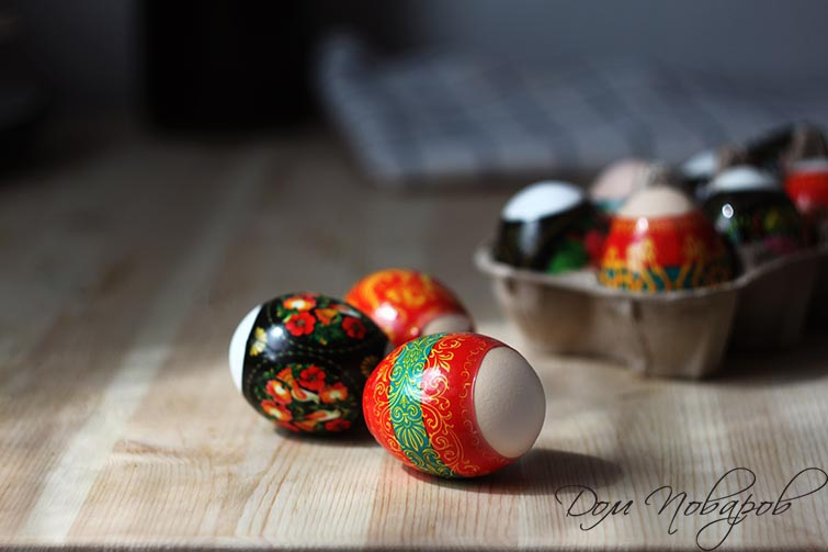 Яйца в термонаклейках
