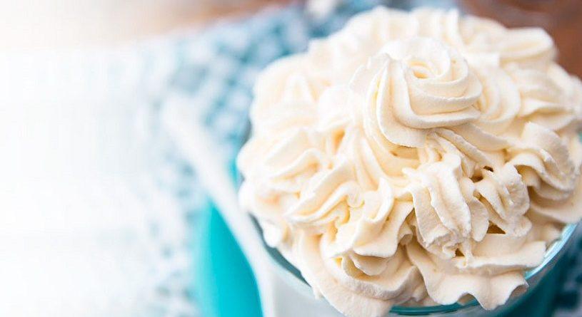 Как украсить торт с помощью крема? Рецепты, советы и способы украшения