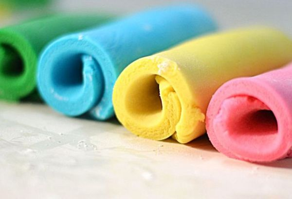 Мастика разных цветов