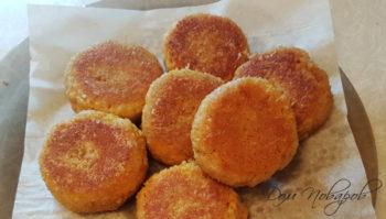 Пошаговый рецепт постных морковных котлет с манкой на сковороде