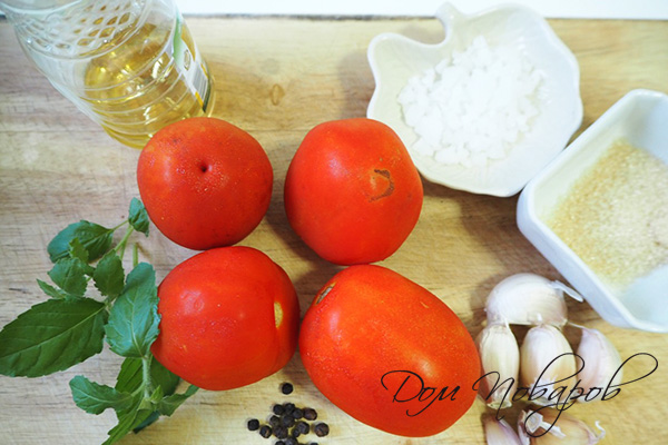 Ингредиенты для приготовления печеных помидоров