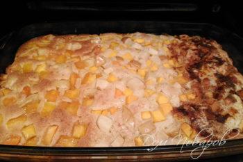 Готовый пирог с тыквой и яблоками