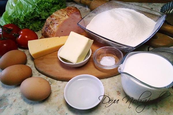 Ингредиенты для киша с ветчиной, сыром и томатами